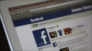 Facebook sorry over face tagging launch