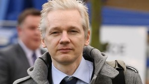 Assange: 'This generation is burning the mass media to the ground'
