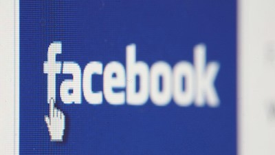 New Facebook apps enhance sharing