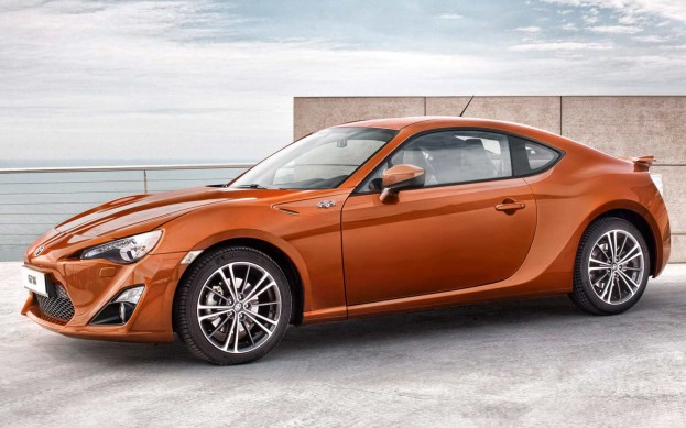 Toyota's GT 86 Is the Perfect 30-Year-Old Car