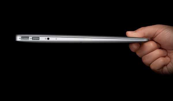 Apple Is Reportedly Working On A 14-Inch MacBook Air