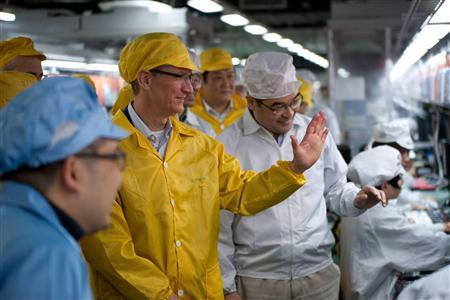 Apple CEO visits Foxconn's iPhone plant in China