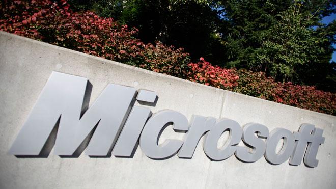Microsoft to struggle vs. Apple, Google in tablets