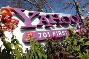 Yahoo CEO to step down amid controversy