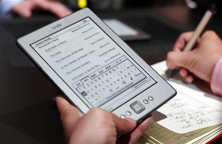 Target to stop selling Amazon's Kindle devices