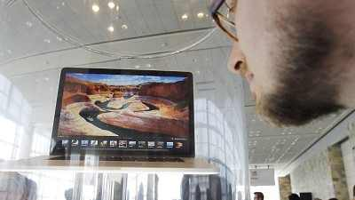 Apple plans 'retina' display laptop