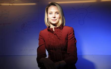 Yahoo turns to Google's Mayer for revival