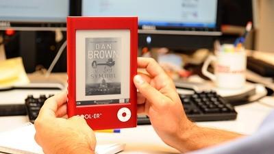 Holidaymakers prefer e-books
