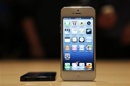 Apple's iPhone 5 puts Europe in 4G slow lane