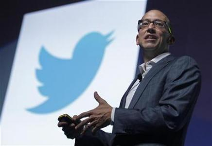 Twitter CEO promises interactive tweets, defends curbs