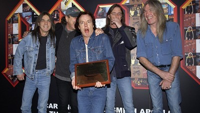 AC/DC seal digital downloads deal