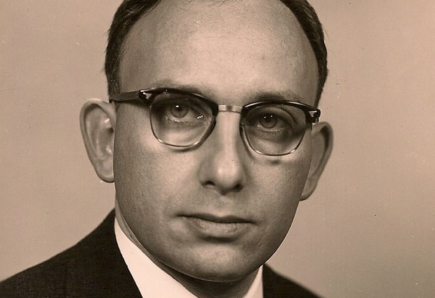 Norman Woodland, co-inventor of bar code, dies at 91
