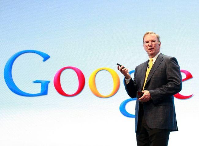 Google chairman Eric Schmidt uses.. a BlackBerry