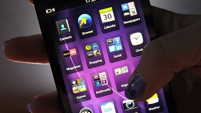 BlackBerry hails Z10 sales boost