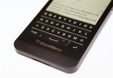 BlackBerry launches service to manage Android, Apple devices