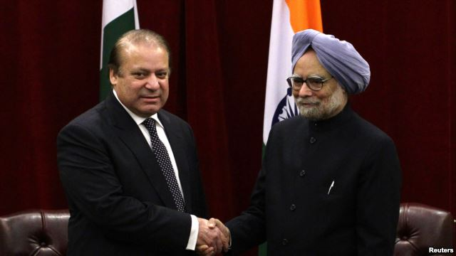 PMs of India, Pakistan Meet, Agree to Reduce Kashmir Tensions