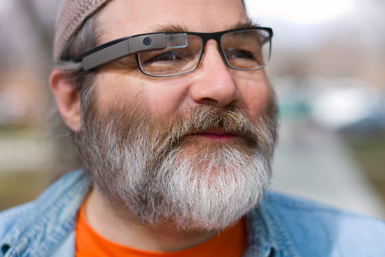 Google Glass 2 is coming, finally compatible with prescription glasses
