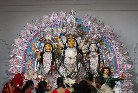 Durga Puja celebration gains momentum in Rajshahi