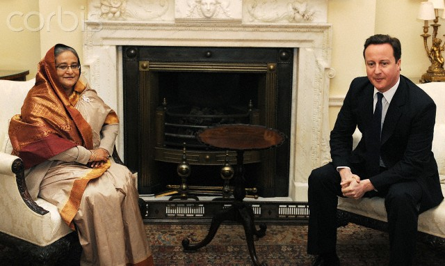 PM holds talks with Cameron