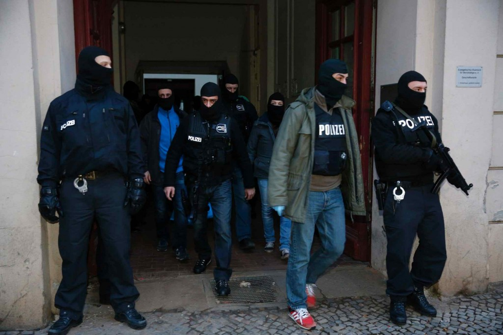 One arrested as German police raid Islamists in Berlin