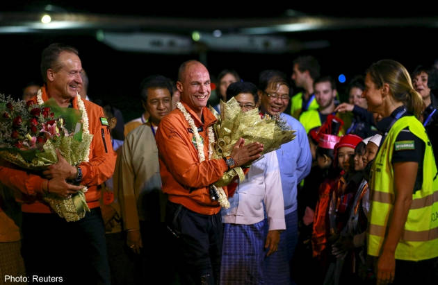 Jumbo welcome for Solar Impulse plane in Myanmar