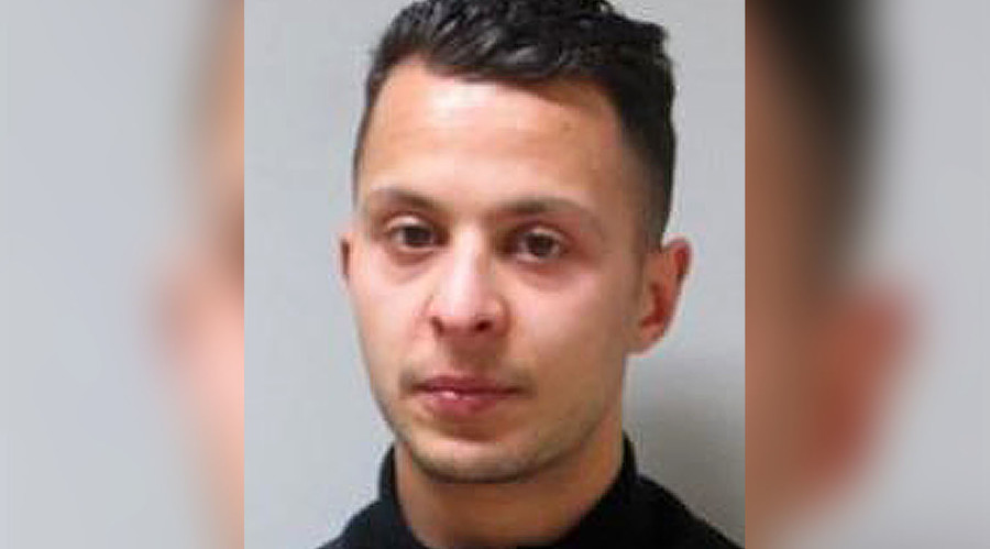 Salah Abdeslam 'voluntarily' refused to blow himself up in Paris, his brother claims