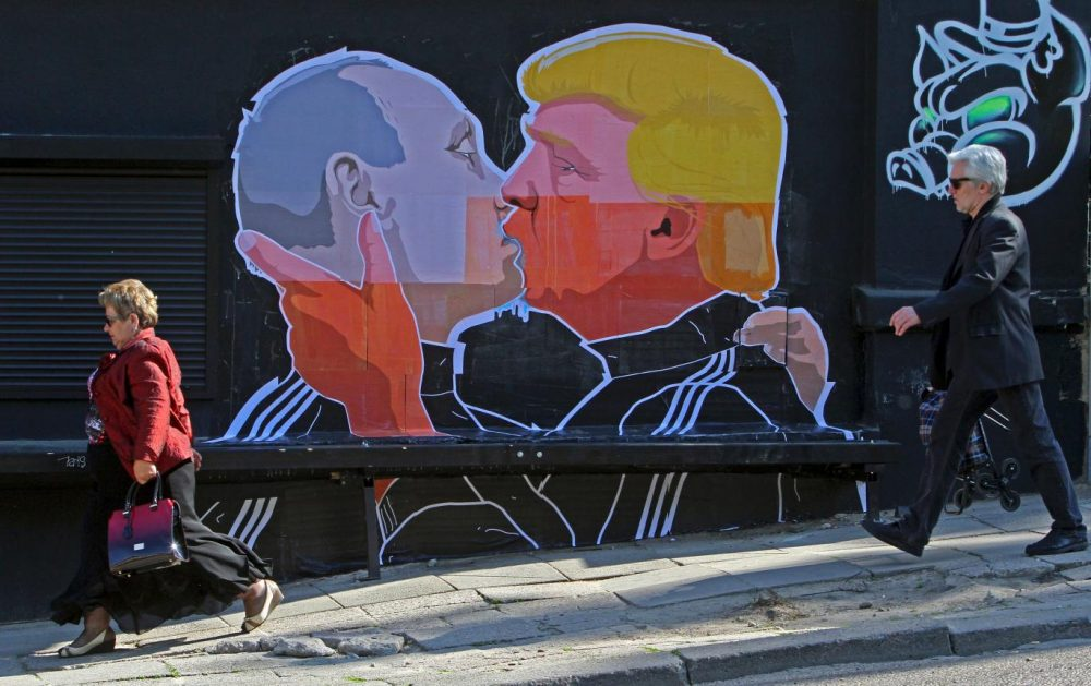 This Vladimir Putin-Donald Trump kiss is going viral