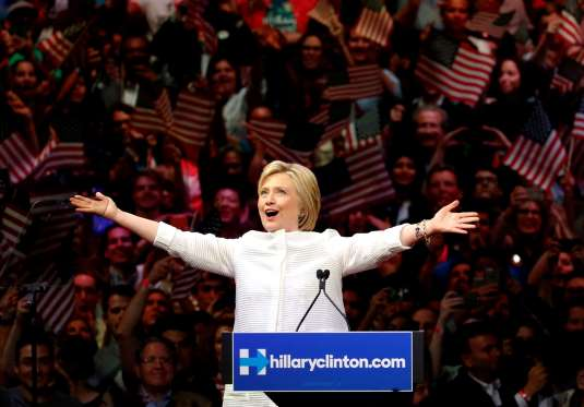 Clinton seizes historic primary win